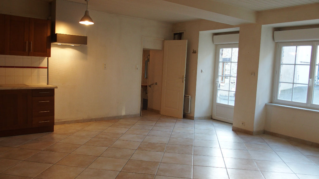 Maison Laille 3 pièce(s) 74 m2