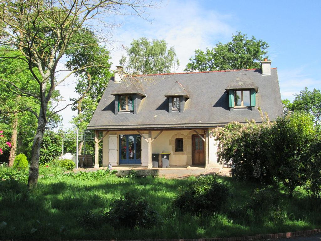 Maison Bourg Des Comptes 7 pièce(s) 130 m2