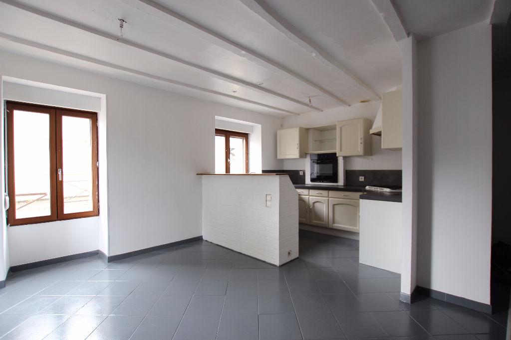 Maison Laille 6 pièce(s) 93 m2