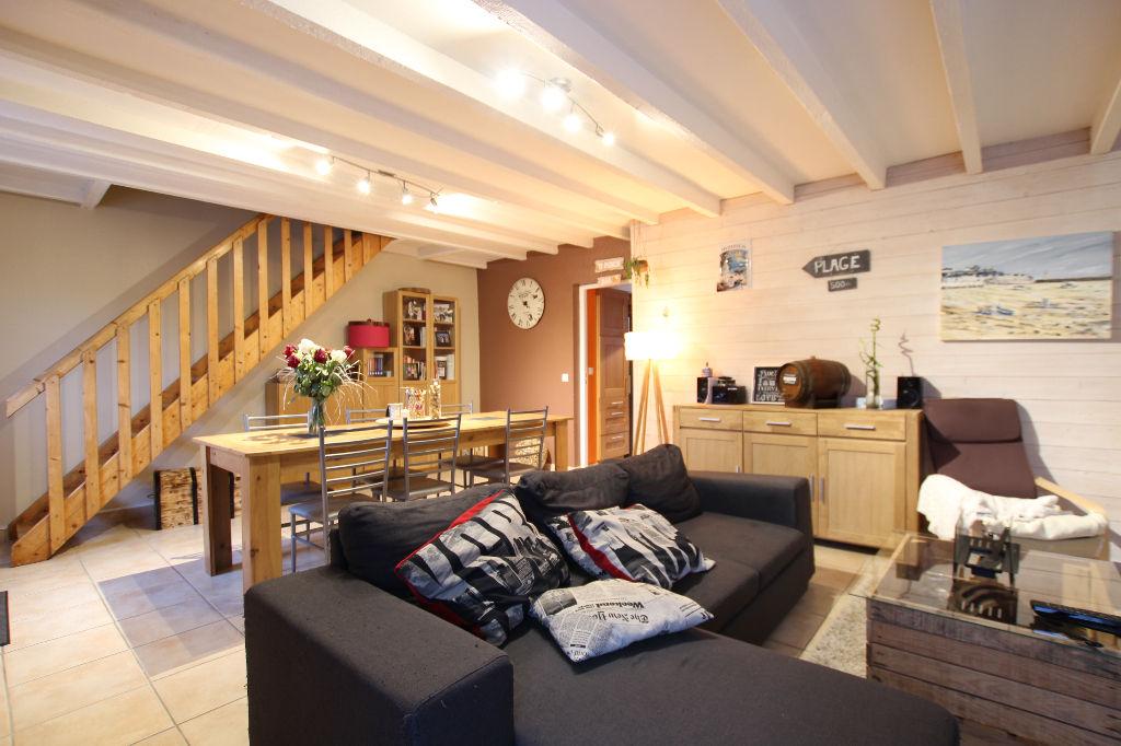 Maison Laille 5 pièce(s) 80 m2