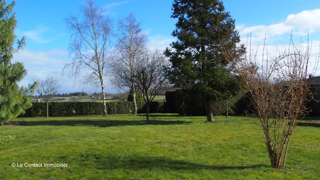 Terrain à bâtir Bourg-des-Comptes 639 m2