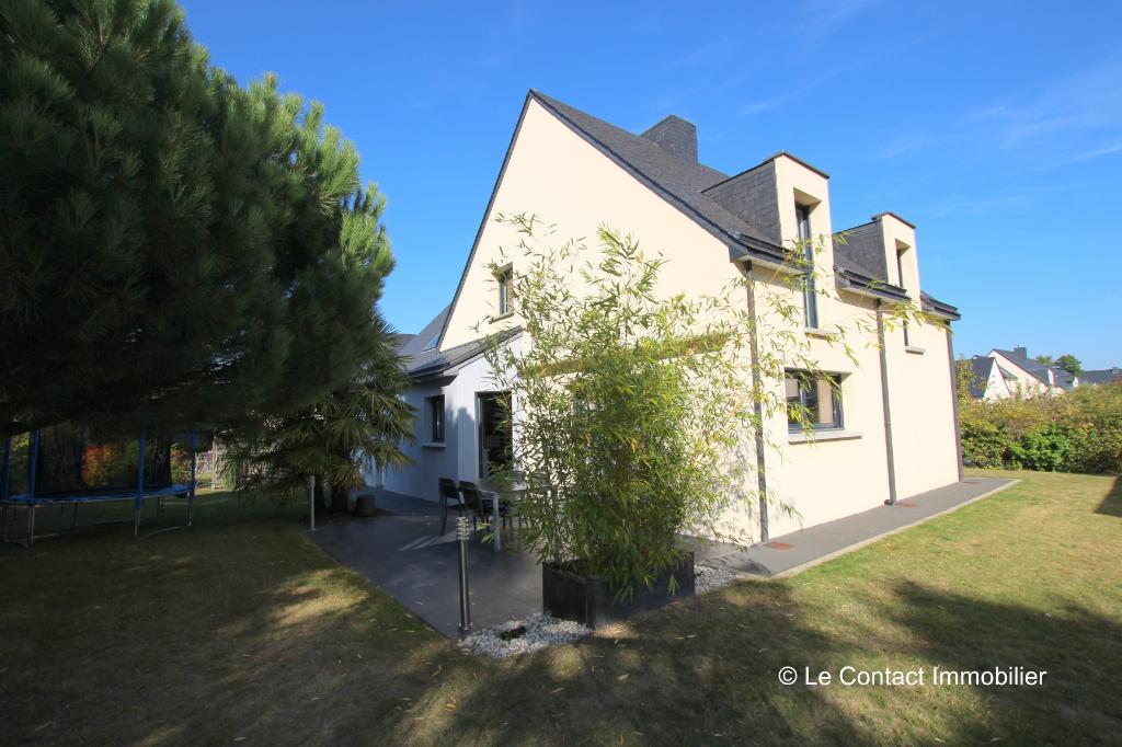 Maison Laille 7 pièce(s) 150 m2