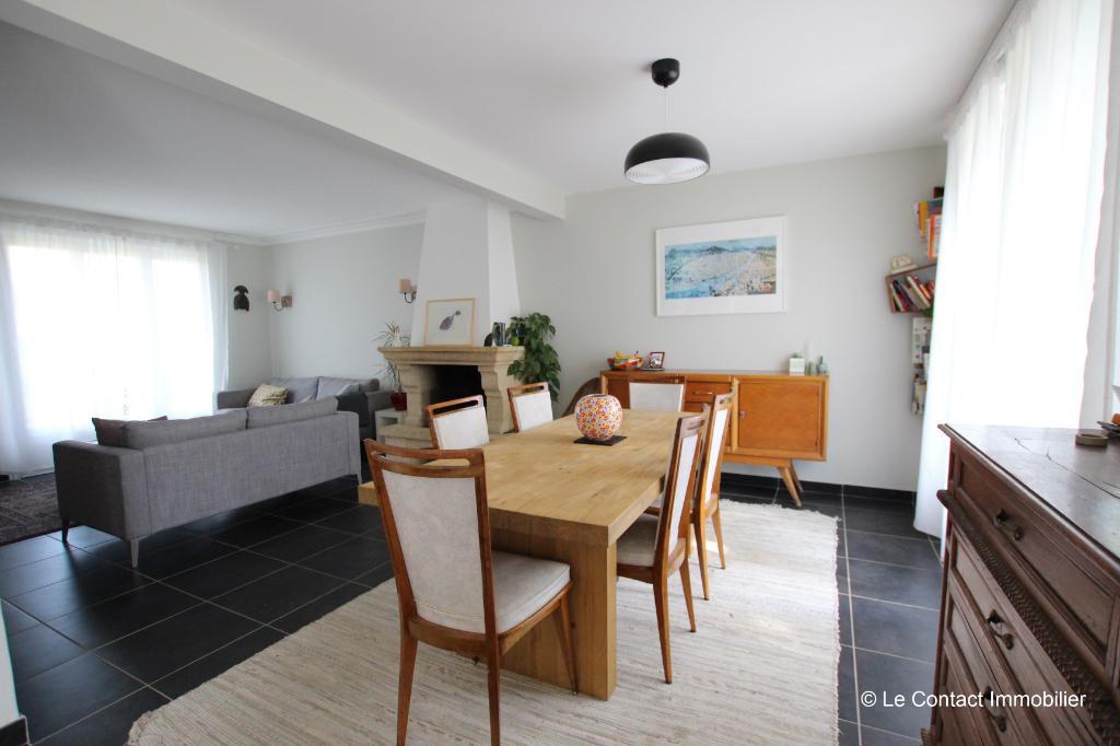 Maison Laille 6 pièce(s) 107 m2