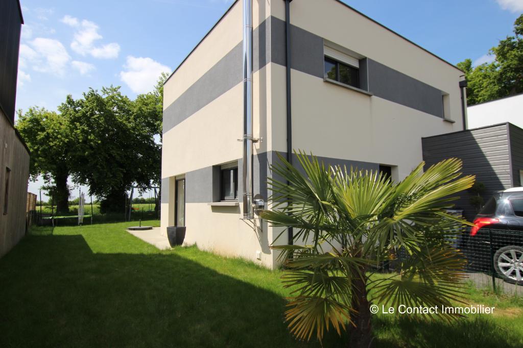 Maison Laille 6 pièce(s) 96 m2