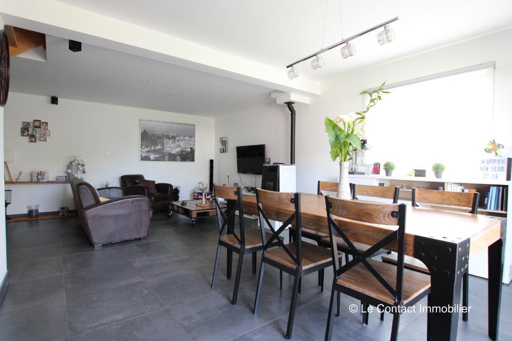 Maison Laille 7 pièce(s) 136 m2