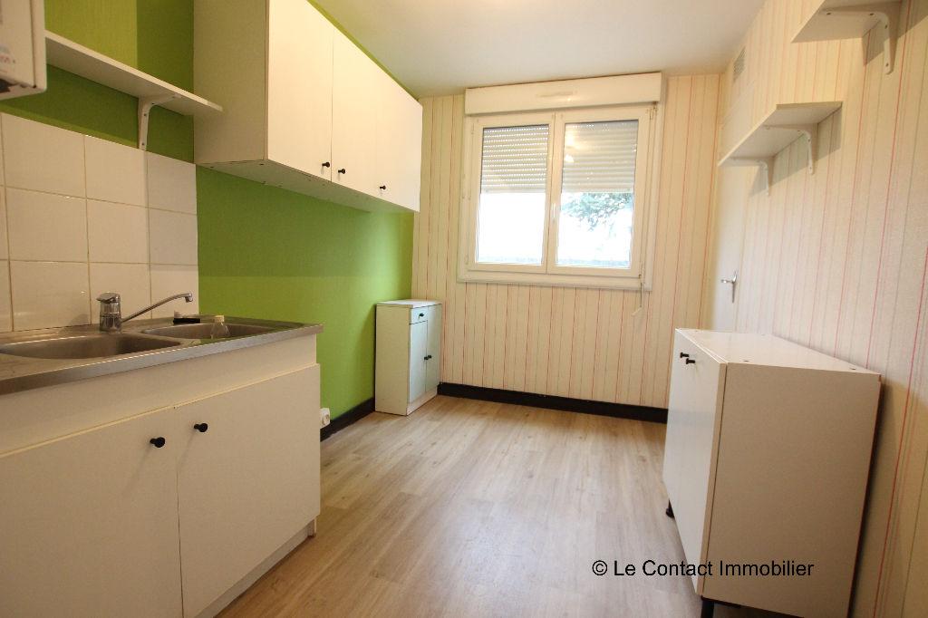 Appartement St Jacques De La Lande   2 piece(s)   51 m2